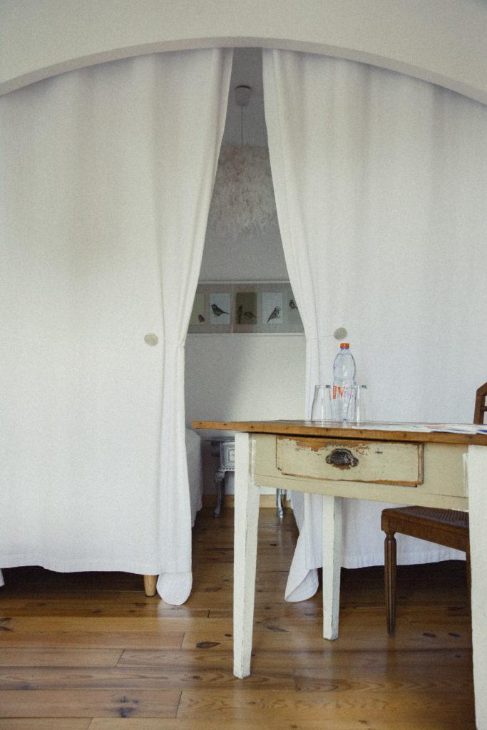Chambre familiale La Tropézienne - Maison d'hote les délices de lavoute en auvergne